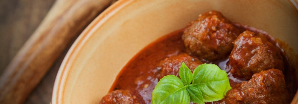 Italian cooking  - meat balls with basil
